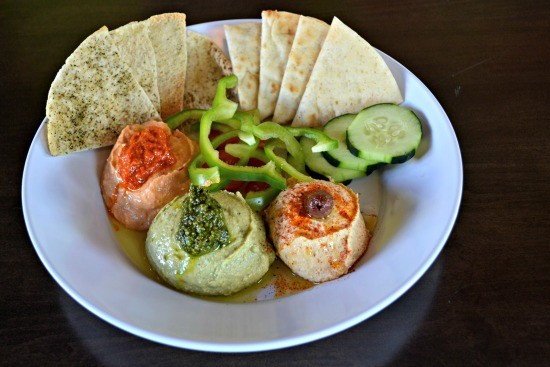 Zoes Kitchen, Hummus Trio